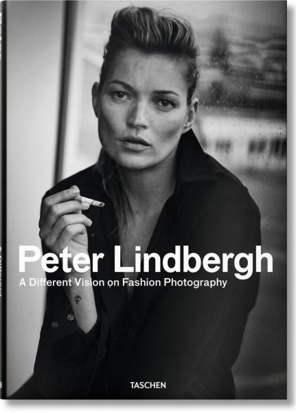 книга Peter Lindbergh. A Different Vision on Fashion Photography, автор: Peter Lindbergh, Thierry-Maxime Loriot